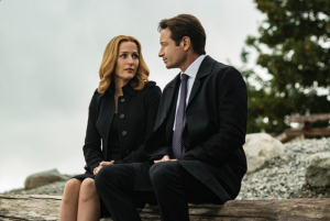 The X-Files_Anderson_Duchovny_(c)Fox Broadcasting Company